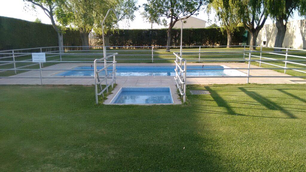 La piscina de Cabañas de Yepes