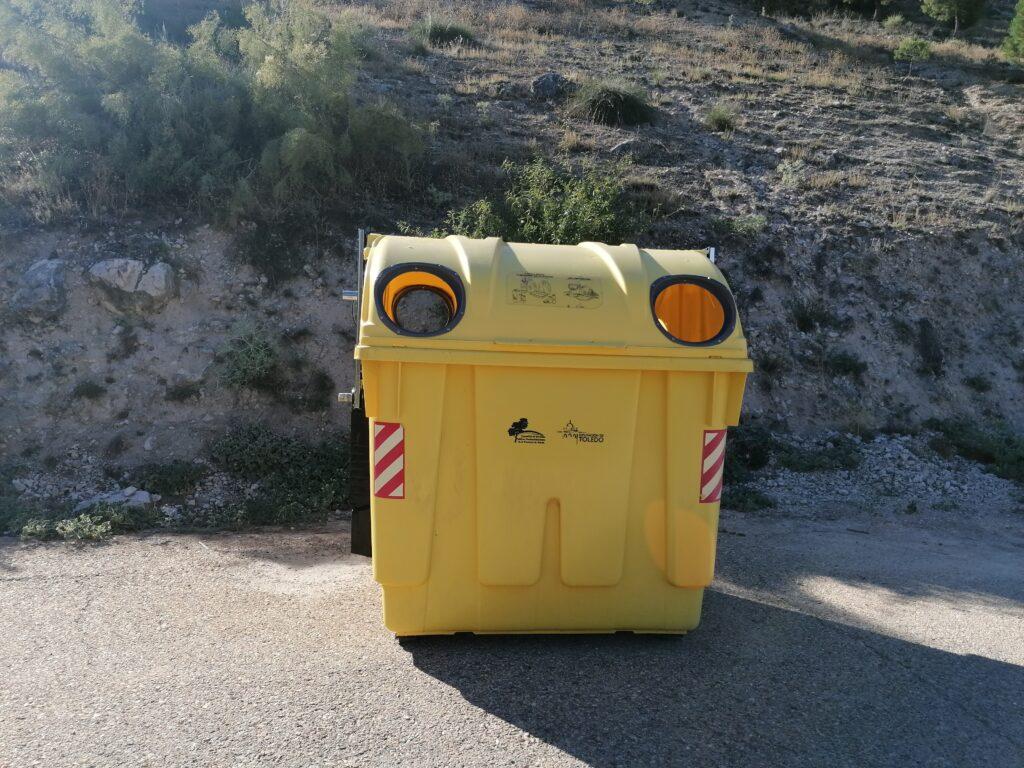 contenedor amarillo 1